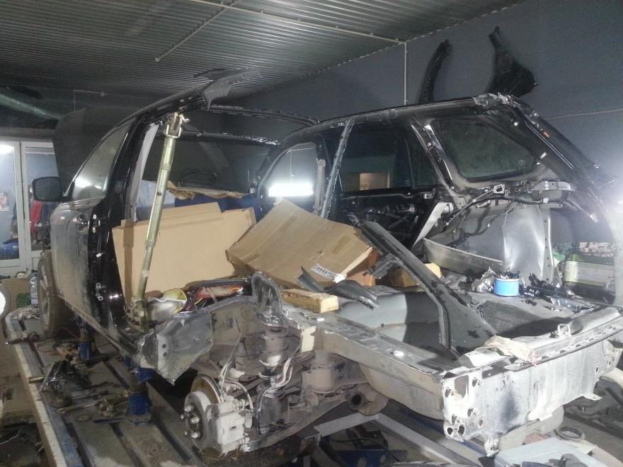 фото субару в процессе ремонта кузова
